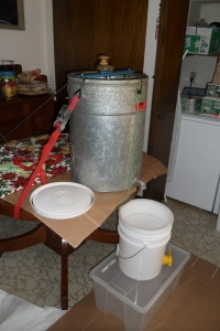 extractor and strainer bucket